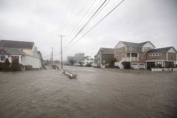 Storm「Large Coastal Storm Brings High Waters And Strong Winds To Northeastern Seaboard」:写真・画像(6)[壁紙.com]
