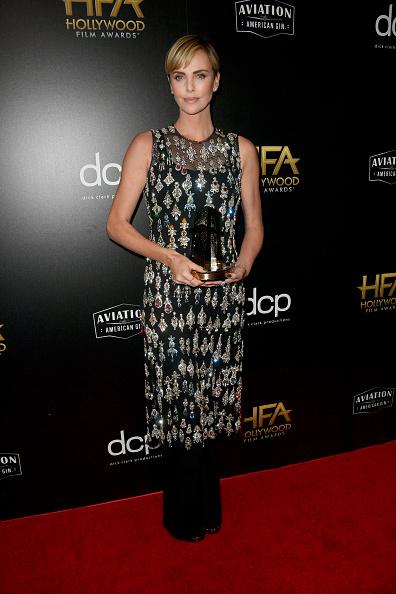 Embellished Dress「23rd Annual Hollywood Film Awards - Press Room」:写真・画像(8)[壁紙.com]