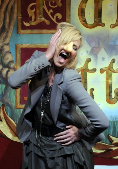 Vitality「Charlize Theron is Hasty Pudding Awards 2008 Woman of the Year」:写真・画像(0)[壁紙.com]