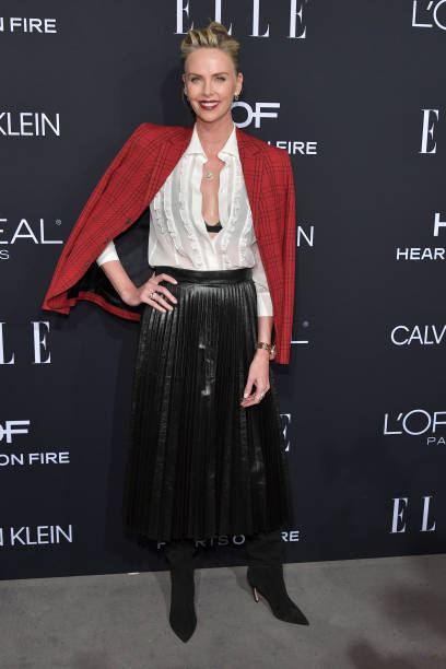 ELLE's 25th Annual Women In Hollywood Celebration Presented By L'Oreal Paris, Hearts On Fire And CALVIN KLEIN - Red Carpet:ニュース(壁紙.com)