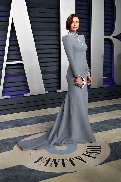 クリスチャンディオールのドレス「2019 Vanity Fair Oscar Party Hosted By Radhika Jones - Arrivals」:写真・画像(3)[壁紙.com]