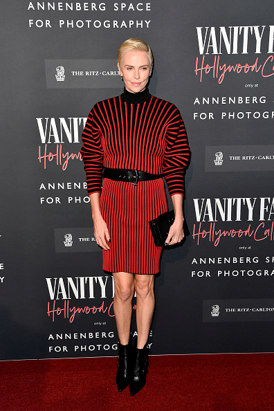 Louis Vuitton Purse「Vanity Fair: Hollywood Calling - The Stars, The Parties And The Power Brokers - Arrivals」:写真・画像(18)[壁紙.com]