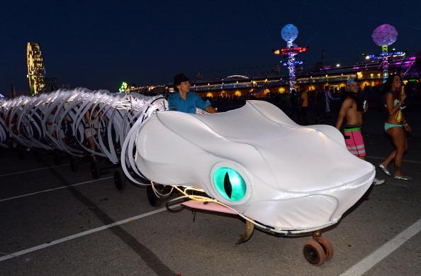EDC「17th Annual Electric Daisy Carnival - Day 1」:写真・画像(7)[壁紙.com]
