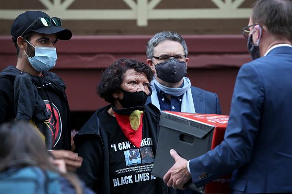 Lisa Maree Williams「Black Lives Matter Activists Attend Unauthorised Rally In Sydney」:写真・画像(8)[壁紙.com]