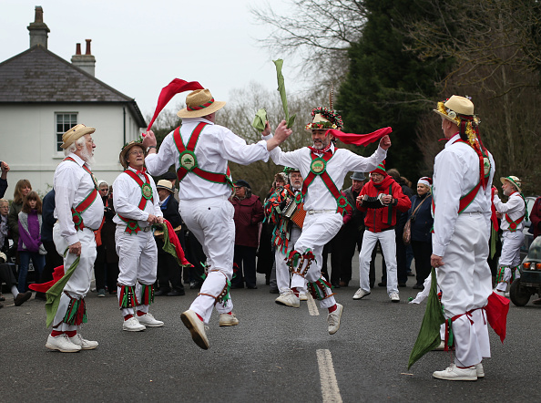 Tradition「Morris Men Perform At Traditional Boxing Day Event」:写真・画像(7)[壁紙.com]