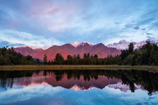 Lake Matheson「Evening Light At Lake Matheson In New Zealand」:スマホ壁紙(18)