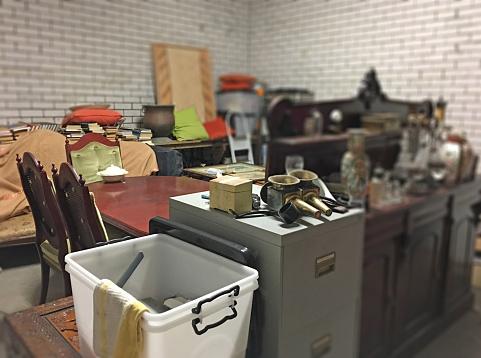 Basement「Messy Storage Room」:スマホ壁紙(19)
