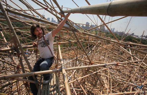 "Roof Garden「The Starn Brother's ""Big Bambu"" Structure Takes Shape On The Met's Roof」:写真・画像(9)[壁紙.com]"