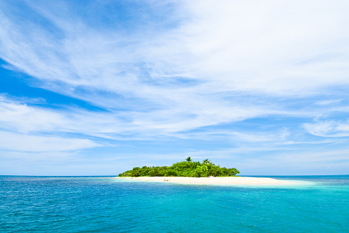 Island「Lonely tropical island in the Caribbean」:スマホ壁紙(9)