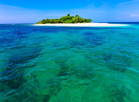 Island「Lonely tropical island in the Caribbean」:スマホ壁紙(15)