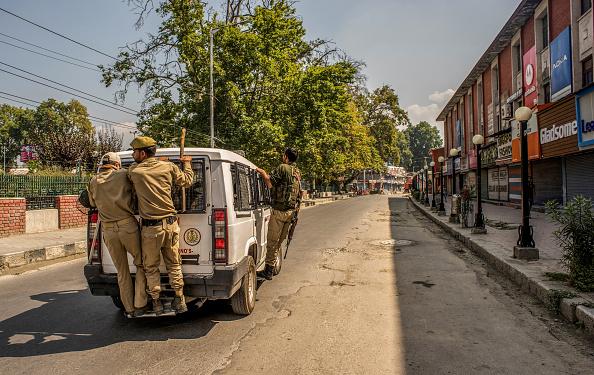 Perching「India Revokes Kashmir's Special Status」:写真・画像(5)[壁紙.com]