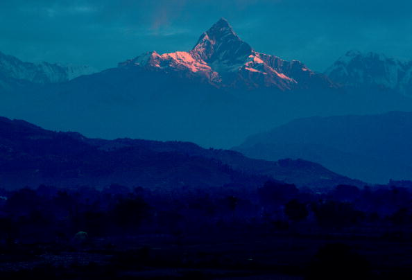 Copy Space「Machhapuchhare Mountain, Himalayas, Nepal」:写真・画像(16)[壁紙.com]
