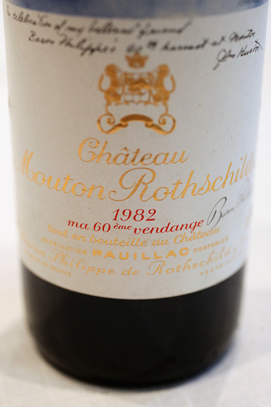 Bottle「Rare And Fine Wines At Sotheby's Ahead Of Auction」:写真・画像(8)[壁紙.com]