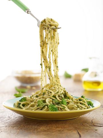 Pine Nut「Broccoli and basil pesto pasta」:スマホ壁紙(2)
