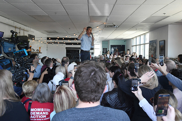 アメリカ合衆国「Beto O'Rourke Makes His First Visit To Las Vegas Since Launching Presidential Campaign」:写真・画像(6)[壁紙.com]
