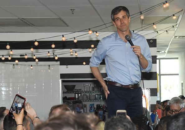 アメリカ合衆国「Beto O'Rourke Makes His First Visit To Las Vegas Since Launching Presidential Campaign」:写真・画像(11)[壁紙.com]