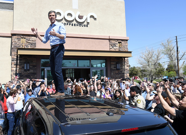 Ethan Miller「Beto O'Rourke Makes His First Visit To Las Vegas Since Launching Presidential Campaign」:写真・画像(6)[壁紙.com]