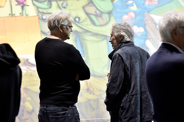 "Sparse「In celebration Of The Release Of The Limited Edition Box Set Of The Film ""Roger Waters The Wall"", Roger Waters Hosts Los Angeles Event For Brazilian Artists Osgemeos' Interpretation Of ""The Wall""」:写真・画像(4)[壁紙.com]"