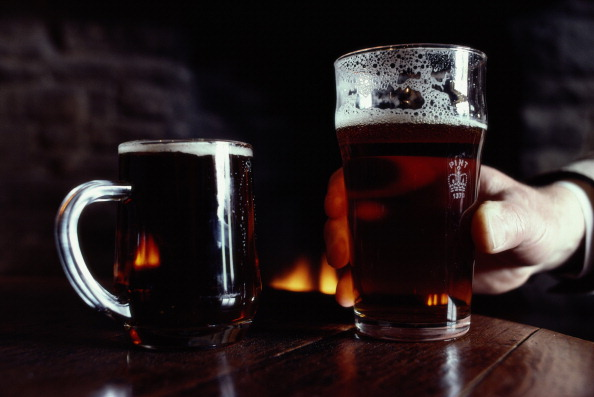 Two Objects「Pints Of Ale」:写真・画像(0)[壁紙.com]