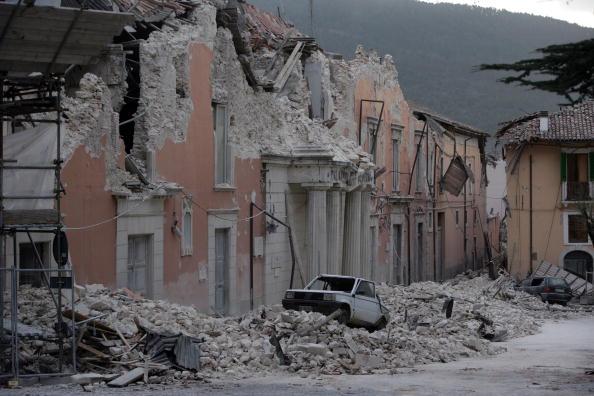 ラクイラ地震