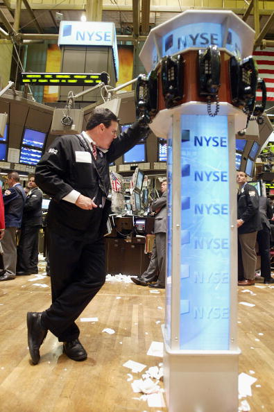Financial Figures「Stock Exchange Reacts To Fed Policy Meeting」:写真・画像(5)[壁紙.com]