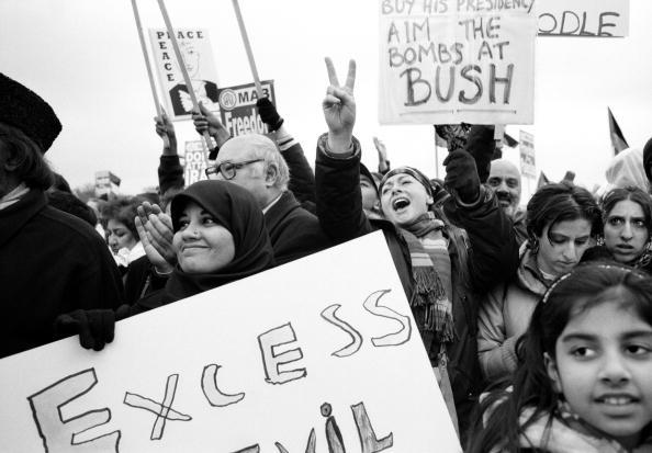 Tom Stoddart Archive「Anti War Demo」:写真・画像(8)[壁紙.com]