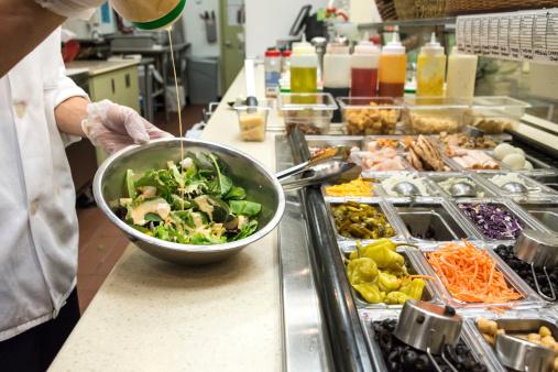 Unrecognizable Person「Salad Bar」:スマホ壁紙(9)