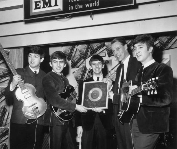 Silver For Beatles:ニュース(壁紙.com)