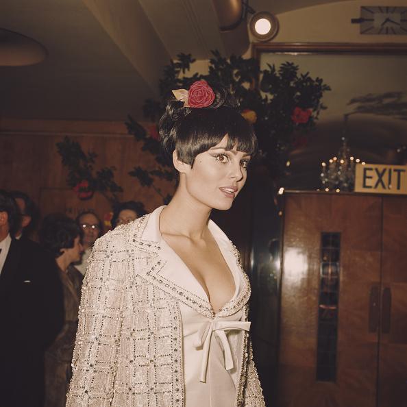 Evening Gown「Daliah Lavi」:写真・画像(9)[壁紙.com]
