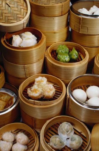 Chinese Dumpling「Dim Sum in Bamboo Steamers」:スマホ壁紙(10)