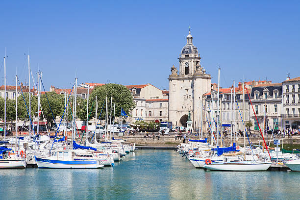 Vieux Port, the harbour, La Rochelle, Charente-Maritime, France:スマホ壁紙(壁紙.com)