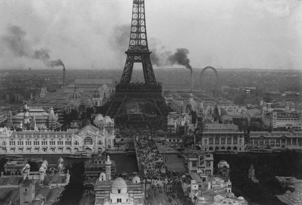 都市景観「Eiffel Tower Paris Exposition」:写真・画像(1)[壁紙.com]