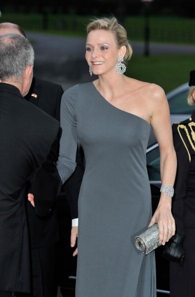 Monaco Royalty「His Serene Highness, Prince Albert II Of Monaco And His Fiancee Charlene Wittstock - Ireland Visit - Day One」:写真・画像(11)[壁紙.com]