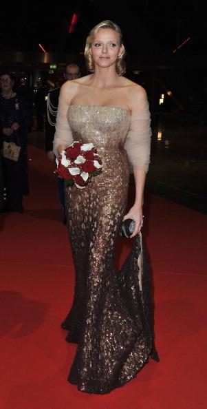 Strapless「Monaco National Day 2010 - Gala Concert Arrivals」:写真・画像(18)[壁紙.com]