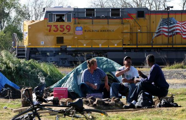 Homelessness「Sacramento City Council To Meet On Fate Of Tent City」:写真・画像(2)[壁紙.com]