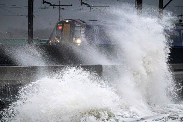 Met Office Issue Yellow Weather Warning As Scotland Prepares To Be Hit By Gale Force Winds:ニュース(壁紙.com)