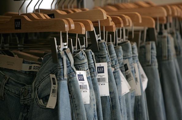 Jeans「Gap Announces Drop In Fourth Quarter Earnings」:写真・画像(19)[壁紙.com]