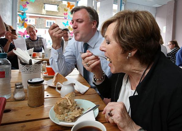 Hove「Delia Smith Endorses The Labour Party」:写真・画像(16)[壁紙.com]