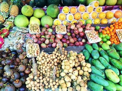 画像加工フィルタ「Fruit at a market, Phuket, Thailand」:スマホ壁紙(4)
