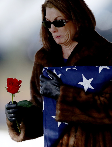 Decisions「Funerals Held At Arlington National Cemetery For Military Personnel Killed In Shooting At Jordanian Base」:写真・画像(18)[壁紙.com]