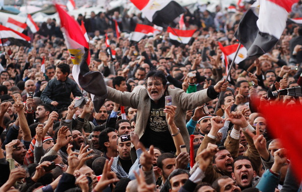 Egypt「Crowds Rally In Tahrir Square As Mubarak Prepares To Address Egypt」:写真・画像(12)[壁紙.com]