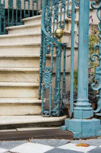 Charleston - South Carolina「Steps and Staircase Detail, Fancy Old Iron」:スマホ壁紙(17)