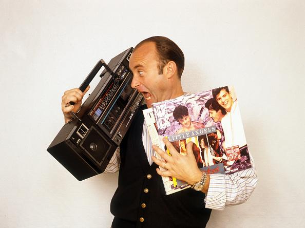 Portable Radio「Phil Collins」:写真・画像(3)[壁紙.com]