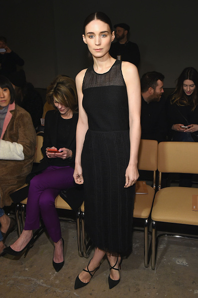 Rooney Mara「Boss Womenswear - Front Row - Fall 2016 New York Fashion Week: The Shows」:写真・画像(15)[壁紙.com]