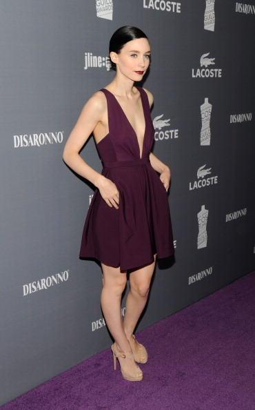 Suede Shoe「14th Annual Costume Designers Guild Awards With Presenting Sponsor Lacoste - Red Carpet」:写真・画像(9)[壁紙.com]