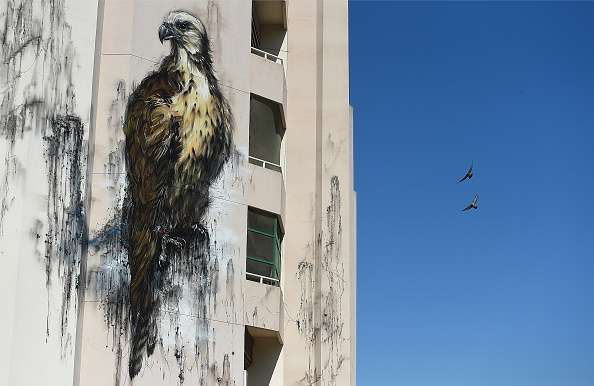 Tom Dulat「Street Art Appears Around The City」:写真・画像(2)[壁紙.com]