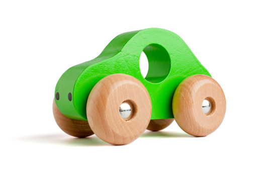 Environmental Conservation「Green wooden toy car」:スマホ壁紙(19)