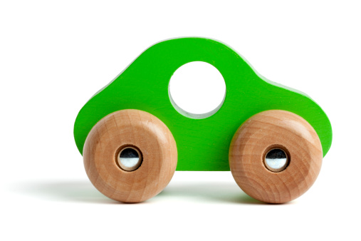 Environmental Conservation「Green wooden toy car」:スマホ壁紙(7)