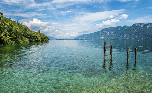 Wooden Post「Lake Bourget and pilings」:スマホ壁紙(8)