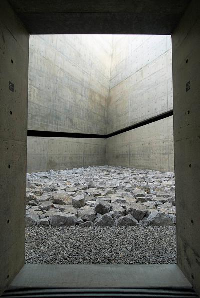 Art Museum「ChiChu Art Museum on Naoshima Island in Japan designed by Tadao Ando」:写真・画像(19)[壁紙.com]
